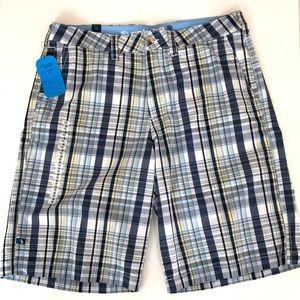BNWT Men's shorts size 36 100% cotton